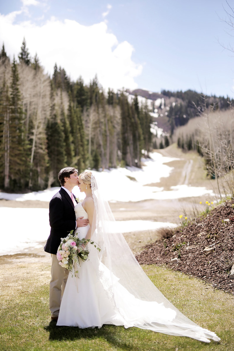 michelleleoevents.com | Utah Wedding Planner | Empire Lodge Weddings | Michelle Leo Events | Pepper Nix Photography _ (4).jpg