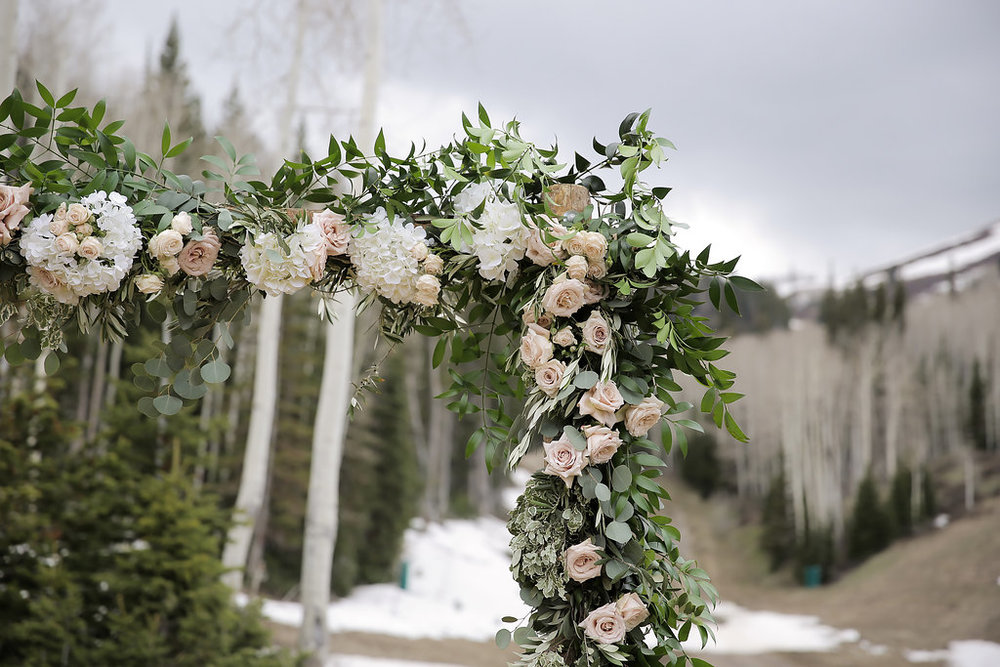 Mountaintop Wedding | Empire Lodge at Deer Valley | Rustic Mountain Wedding | Michelle Leo Events | Utah Event Planner and Designer | Pepper Nix Photography