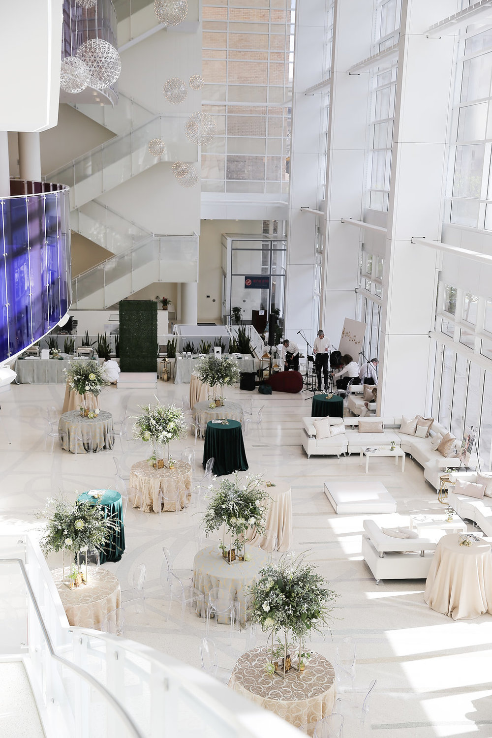 Utah Bride & Groom Magazine | UBG White Party | Eccles Theater | Emerald Green and Gold | Utah Wedding Professionals | Michelle Leo Events | Utah Event Planner and Designer | Pepper Nix Photography