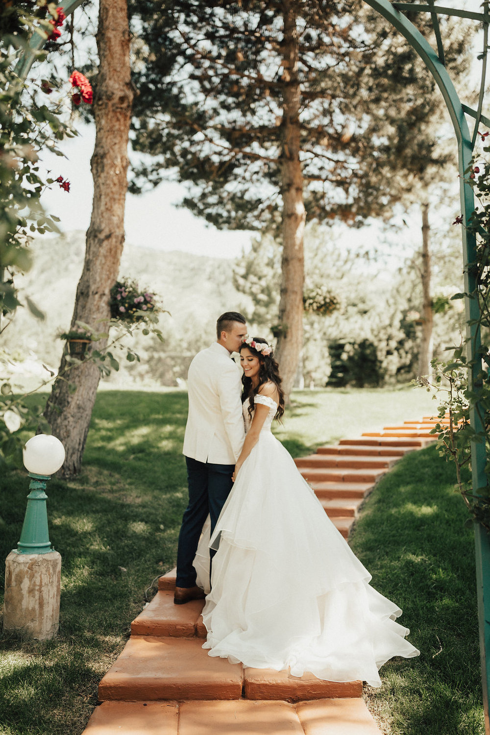 Summer Wedding at La Caille | Romantic Summer Wedding | Michelle Leo Events | Utah Event Planner