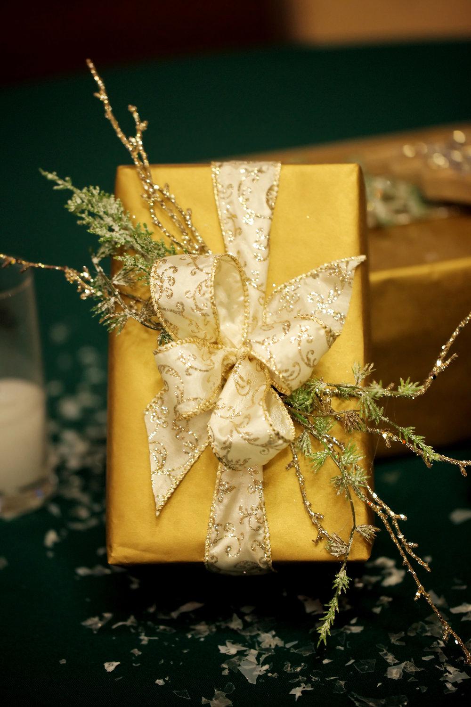 MLE_HolidayParty13-005.jpg