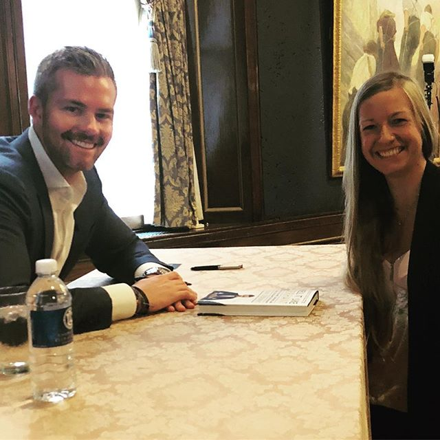 Lunch with Ryan Serhant 🤩 . . #milliondollarlistingnewyork #goals #atproperties