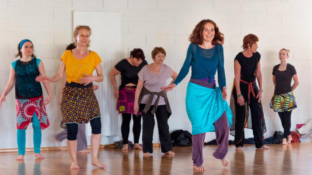 Danse-africaine-Sabine-Jourdan-Villeneuve-les-Avignon.jpg