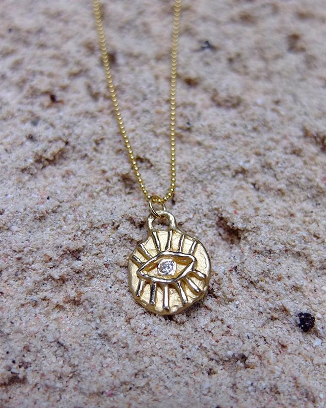 ⚡️👁⚡️DM for details. Shop update soon 💕 📸@joshberns ✨ ✨ ✨ #bjoijewelry #bgenuineblovebjoi #futureheirlooms #madeinla #handmade #jewelry #sculpturejewelry #sculpturedjewelry #sculpturaljewelry #handmadejewelry #gold #14k #alternativebride #alternativebridal #necklaces #necklace #altbride #altbrides #uncommonbride #alternativeengagementring #alternativewedding #jewelryADD #ojai #losangeles