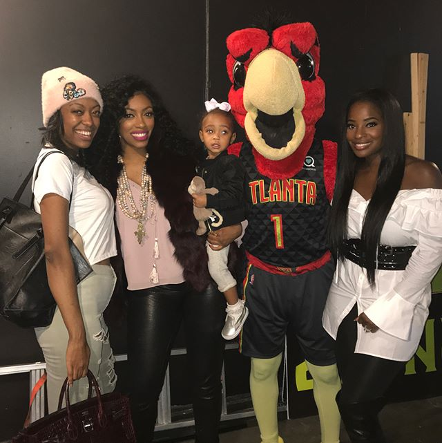 Fun times @atlhawks game last night! #friends #funtimes #nba #game #truetoatlanta #atlantasfinest