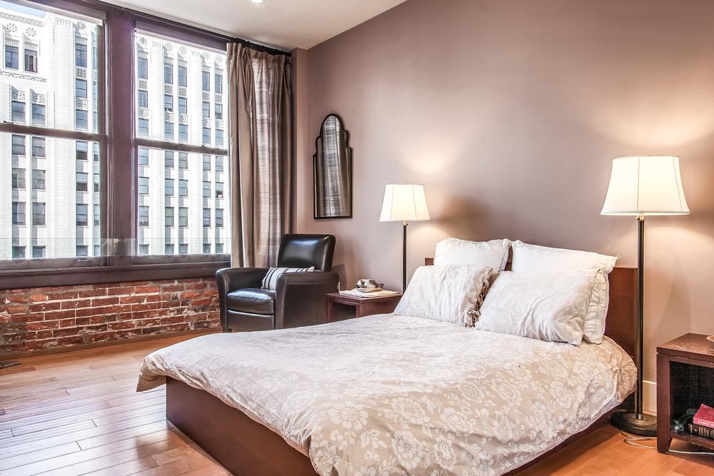 018-Bedroom-793500-large.jpg