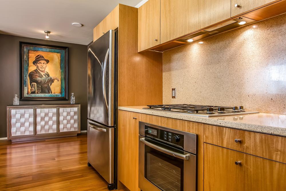 000-Kitchen-455733-large.jpg