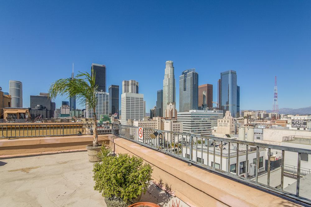 032-photo-rooftop-6424351.jpg