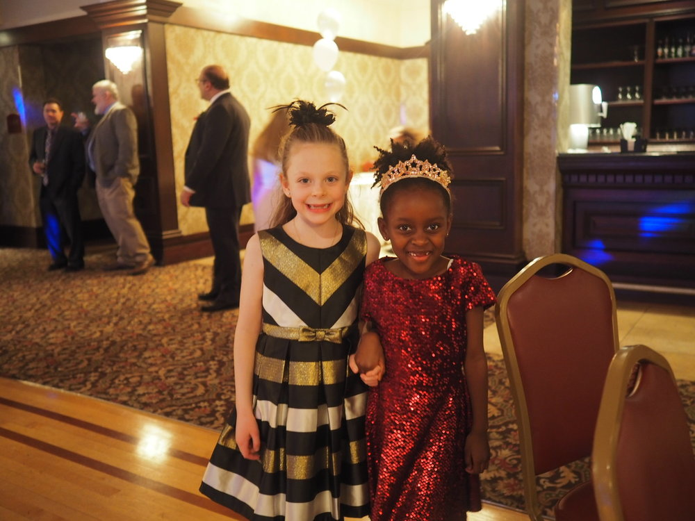 morayo-hope & annabel...too cute! (yes, i'd have taken one of these with each of her friends..)
