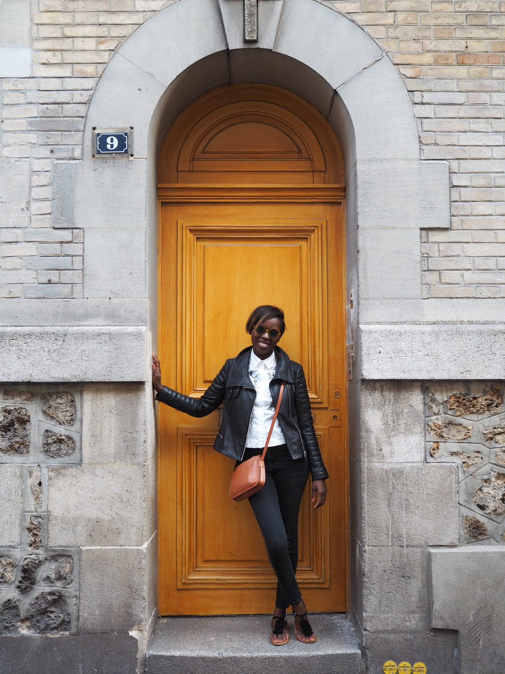 an arched doorway and a door that matches my sunglasses….irresistible!