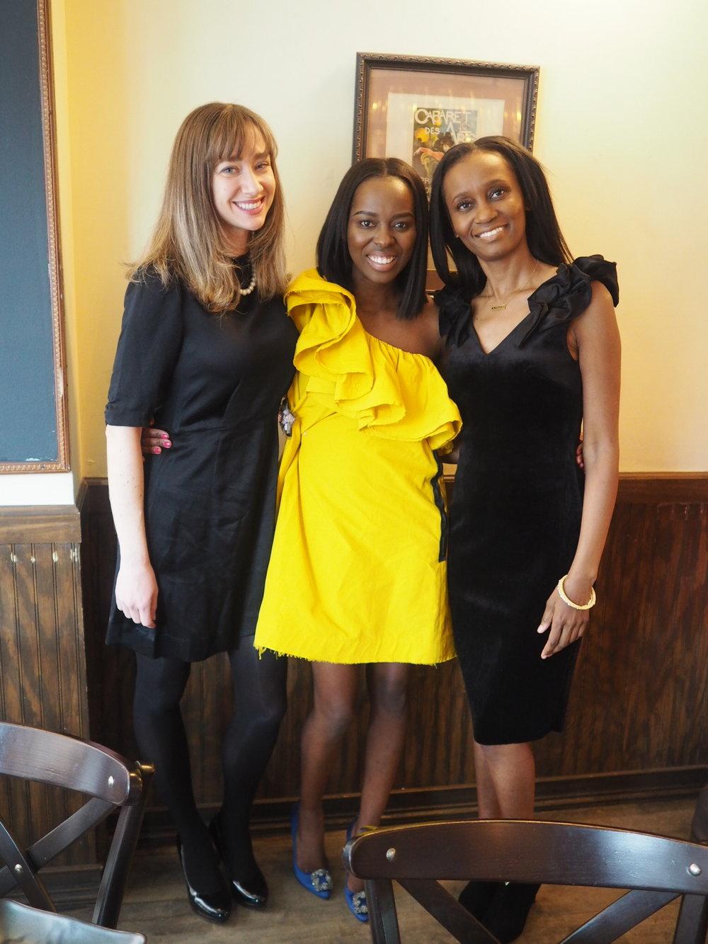 my beautiful friend Alicia and my big sis of life, Barbara!!