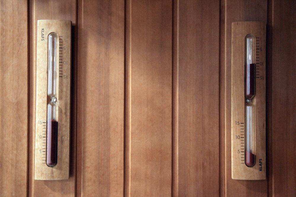 sport et bien-être... - Un sauna cosy et spacieux est également mis gracieusement à votre disposition. Ses bienfaits viendront parfaire votre expérience bien-être en détendant vos muscles et en favorisant l'évacuation des toxines.
