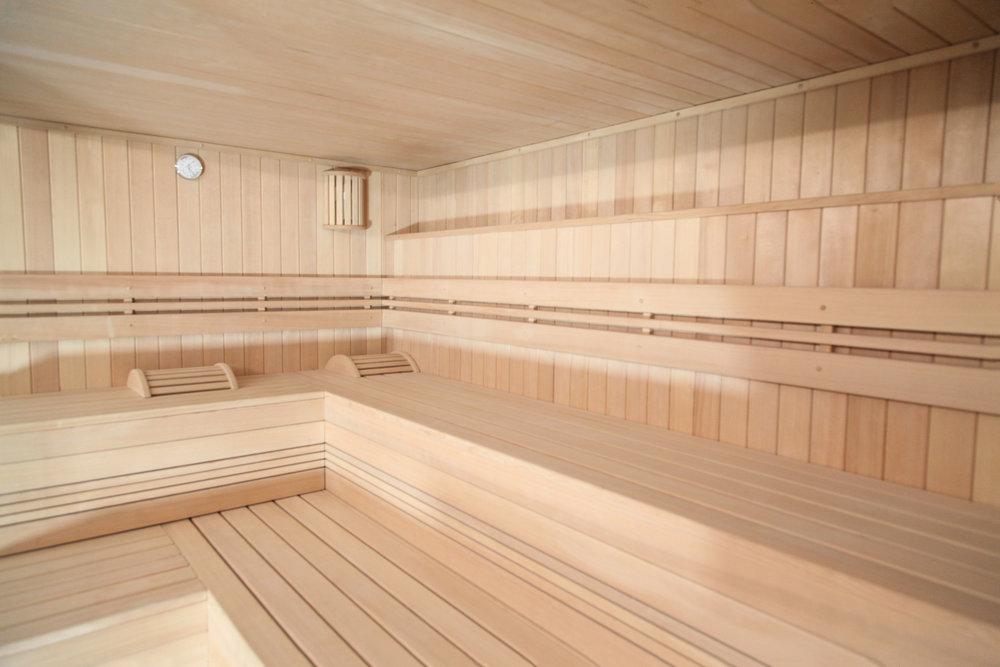 Détendez vous dans le sauna d'Aqua by Charonne