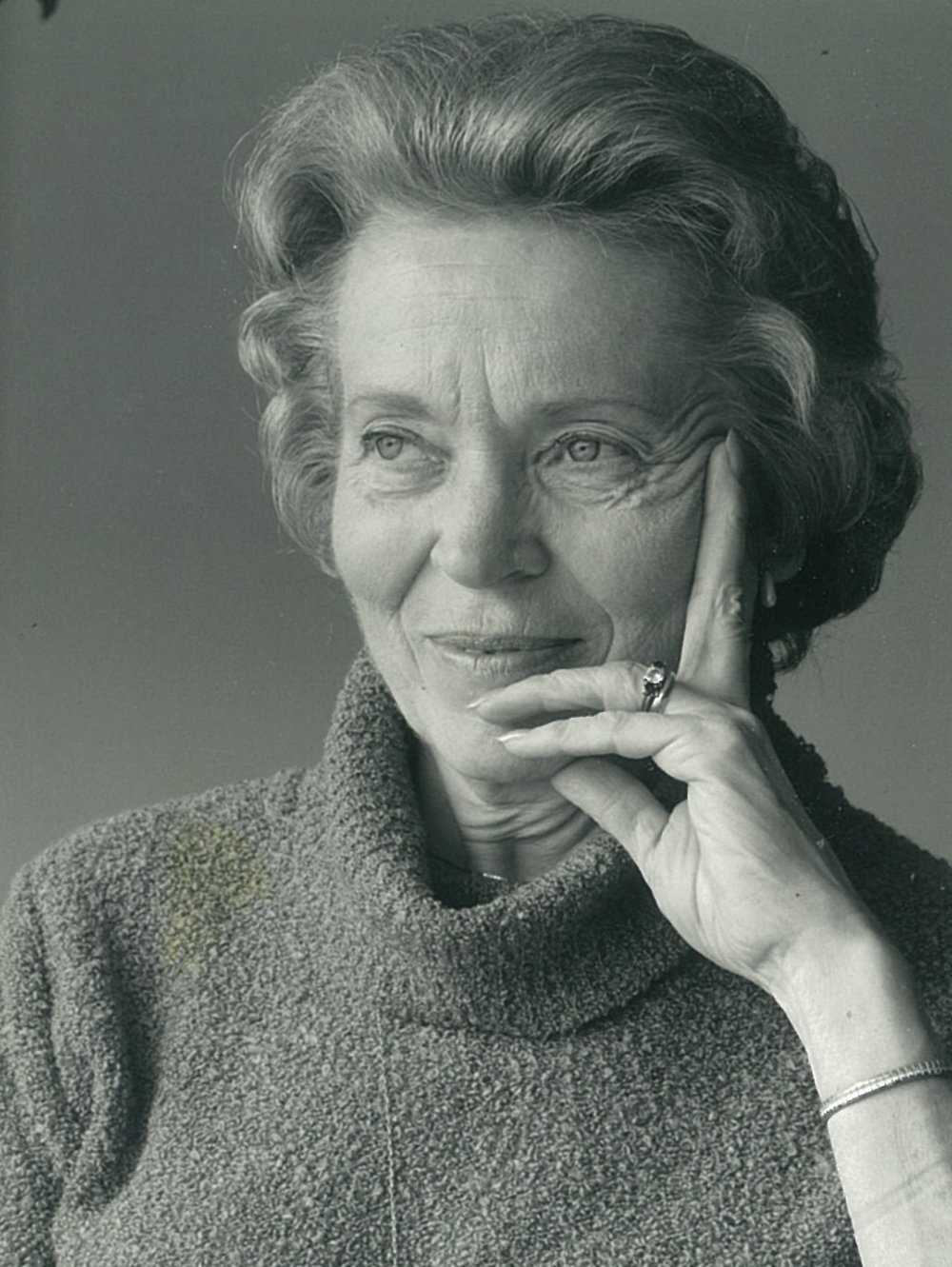 Elisabeth Elliot   Missionary whose husband Jim Elliott was martyred in Ecuador