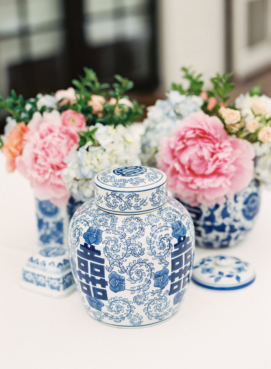 Chinoiserie Wedding Flowers.jpg