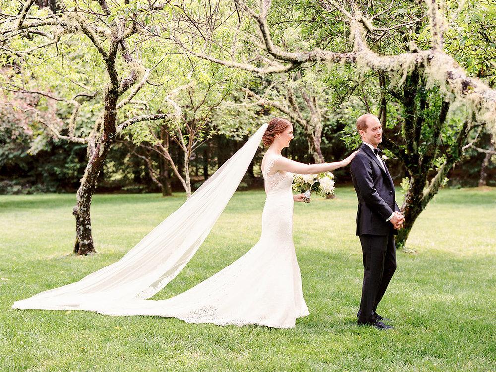Nancy Ray Photography  | Wedding at  Old Edwards Inn  in Highlands, North Carolina