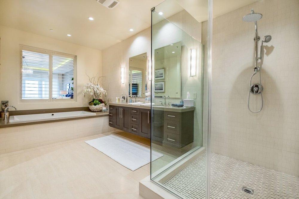 Blattner - Master Bath 2.jpg
