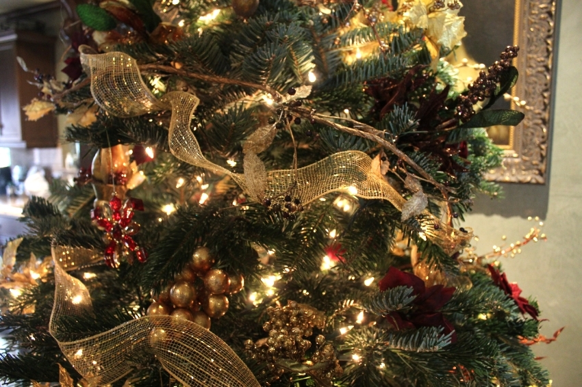 tips on decorating your christmas tree cleverly catheryn rh cleverlycatheryn com
