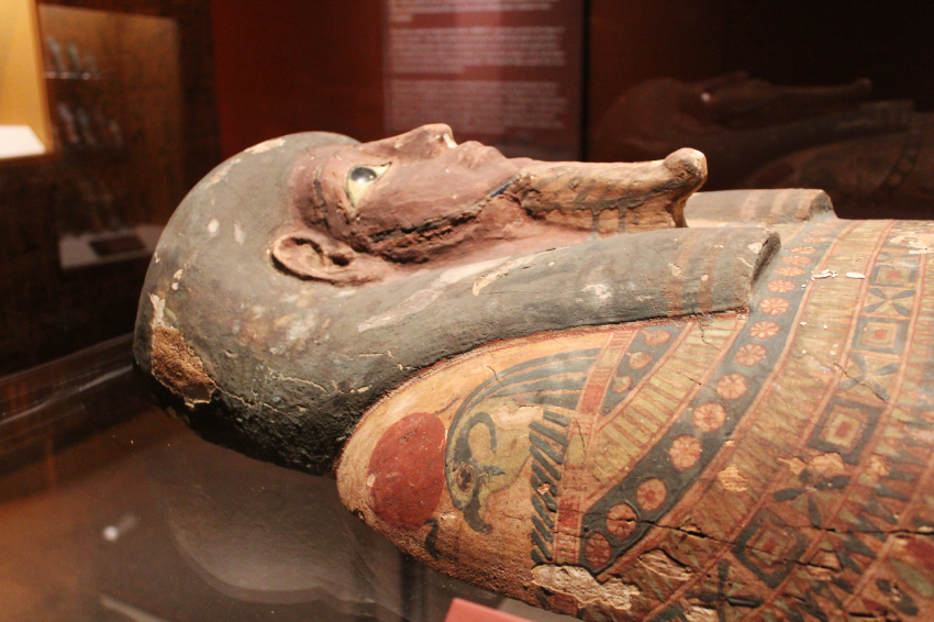 Egyptian sarcophagus Lid