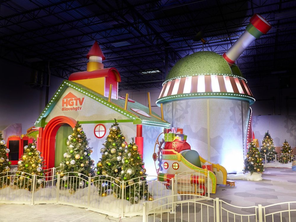 HGTV Santa HQ at Los Cerritos Center