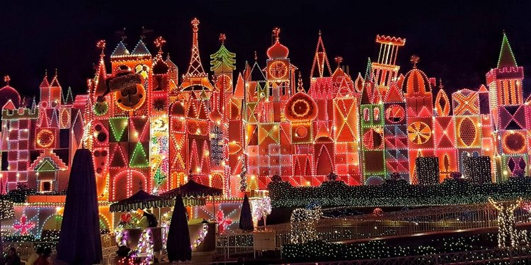 11 best places to see christmas lights this season in southern its a small world holiday at disneyland anaheim sciox Image collections
