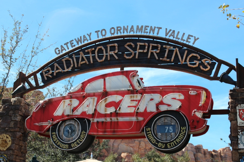 Entrance to Radiator Springs Racers- Single rider line to the left, stand by to the right