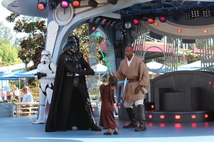 Jedi Training Trials of the Temple at Disneyland (c) cleverly catheryn