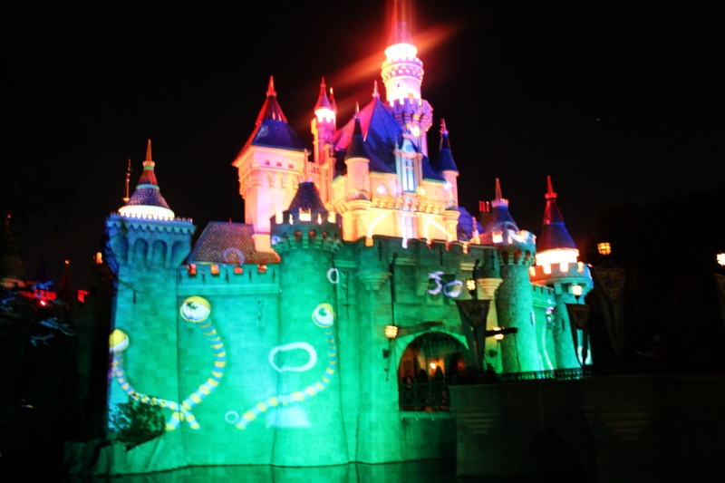 Sleeping Beauties Castle comes alive at night with animated projections!