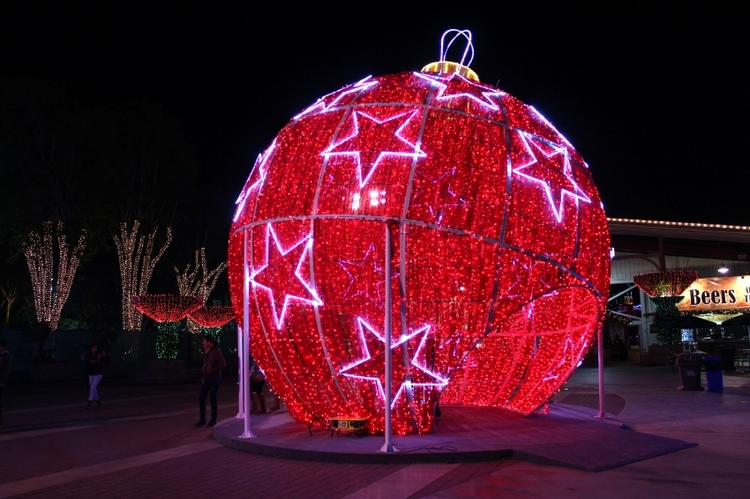 The world's largest walk-through ornament