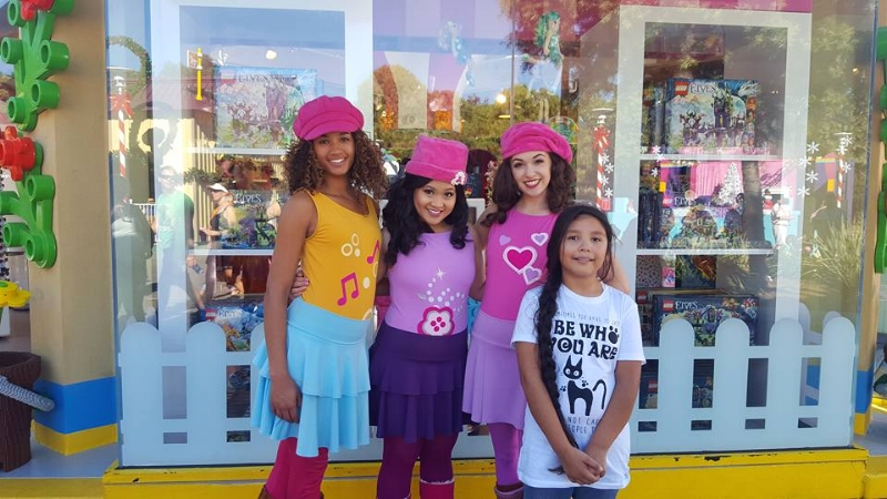 Lego Friends at Legoland California (c) Cleverly catheryn