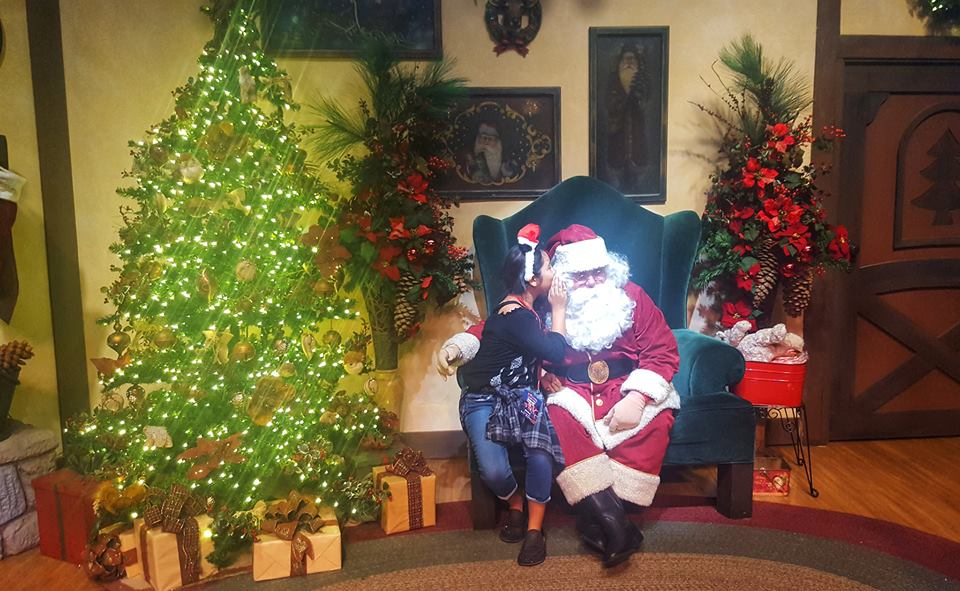 Santa at Knotts Merry farm