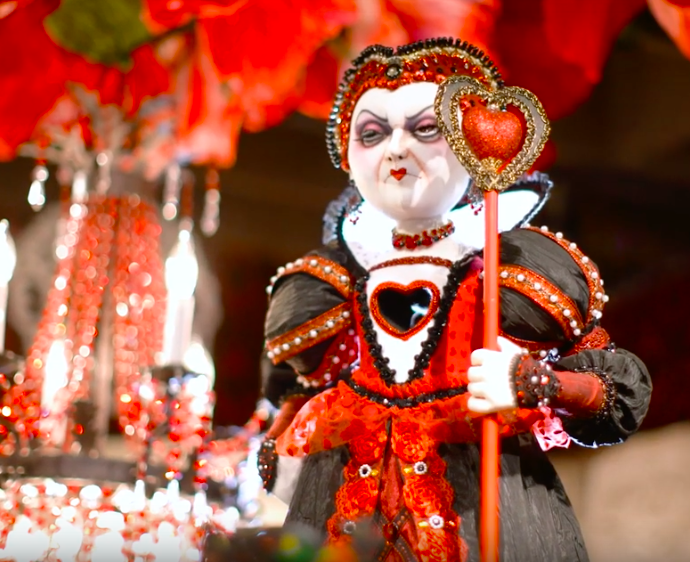 Malice In Wonderland Halloween Boutique At Rogers Gardens