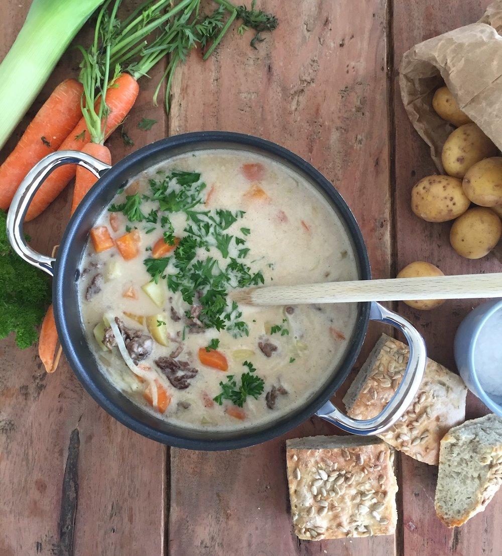 potet- og gulrotsuppe med kjøttdeig.jpg