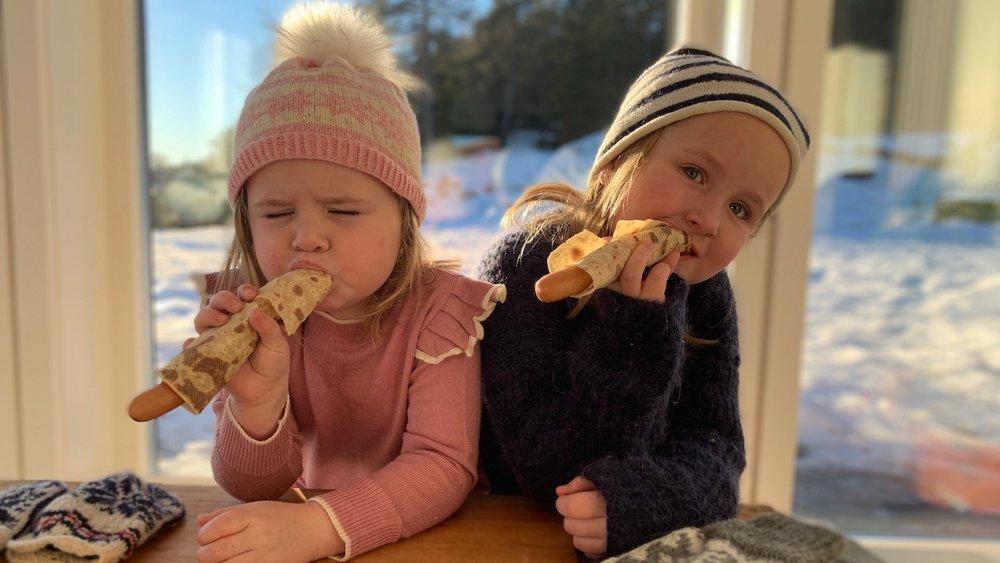Hvis barna ikke er like glad i grove grillpølser med mye smak, er som regel ordentlig gode wiener-pølser alltid en hit. Foto: Familiematblogg