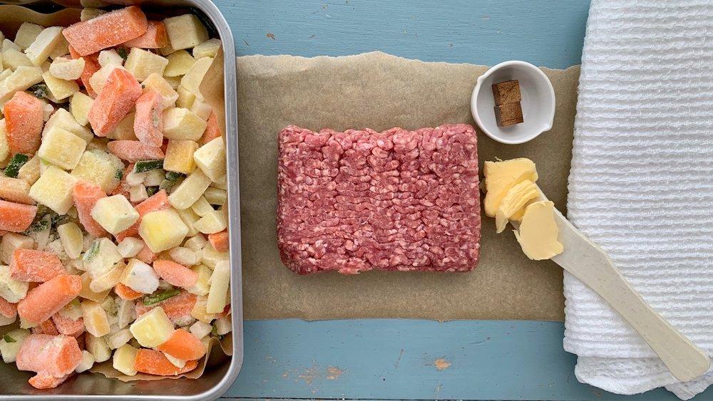 Med frosne rotgrønnsaker går det mye raskere å lage lapskaus. Og det blir akkurat like godt! Foto: Familiematblogg