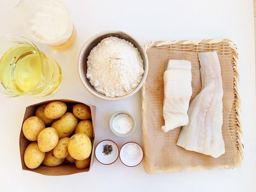Dette trenger du for å lage fish & chips hjemme. Foto: Familiematblogg