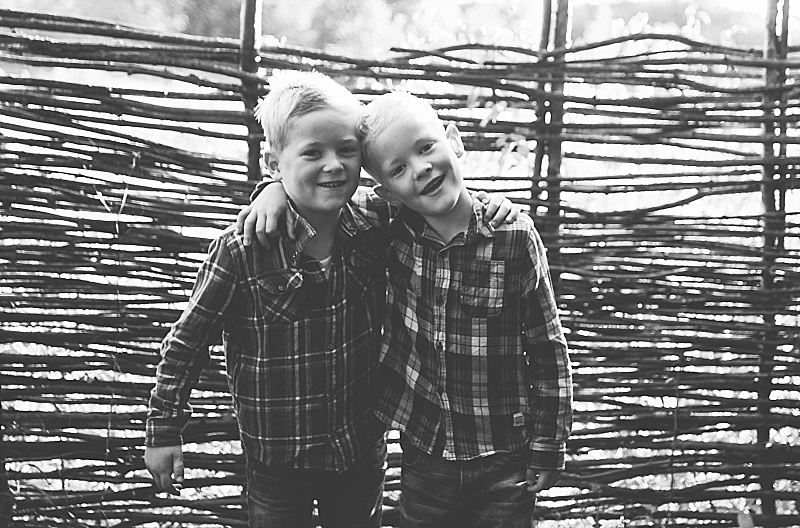 Essex PhotographerAutumn Portraits Creative Lifestyle Kids Family Essex  (17).jpg