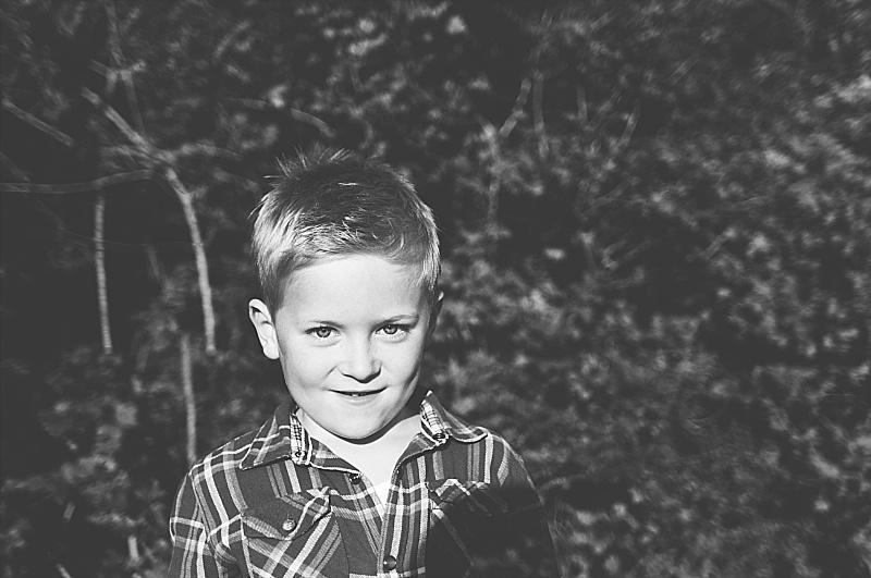 Essex PhotographerAutumn Portraits Creative Lifestyle Kids Family Essex  (29).jpg