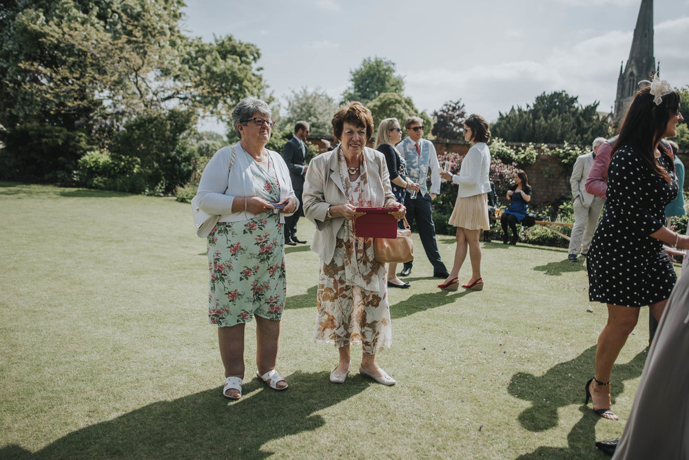 Wedding Planning Essex-London-Creative-Fun-Documentary-photographer (735).jpg