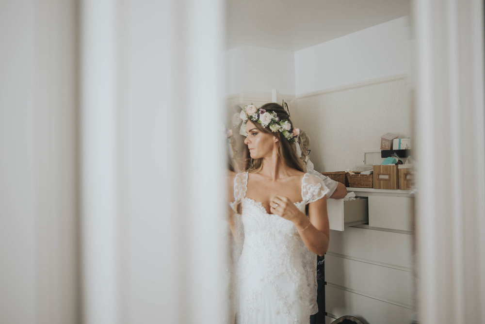 Boho Bride gets ready for her wedding