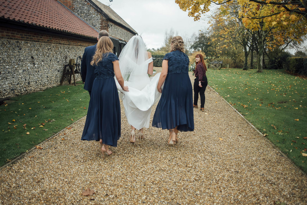 Grannary Barns Wedding+Modern Essex Wedding Photographer+Creative London Wedding Photographer+Essex Wedding Photographer