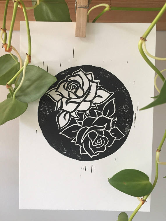 Beizar Aradini - Beizar works with textiles and printmaking, and her work is influenced by her experience as a Kurdish refugee. Her online shop features beautiful handmade prints in a monochrome palette.
