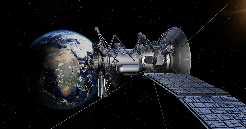 satellite-1820064_1920.jpg