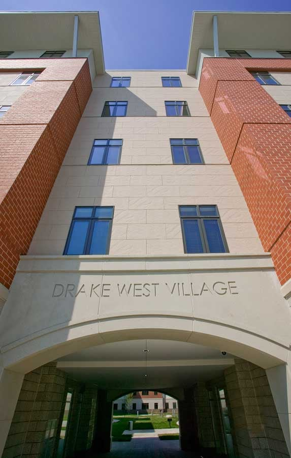 2006211-West-Village-Drake-Pro-Ext-7.jpg