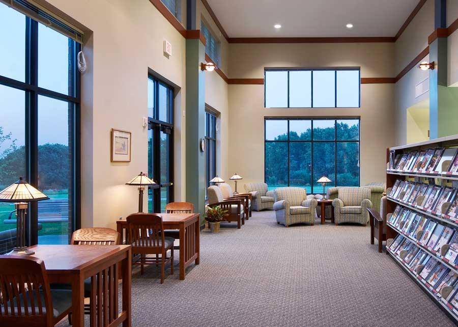 23215-Oak-View-Library-SFalls-Intr-2.jpg