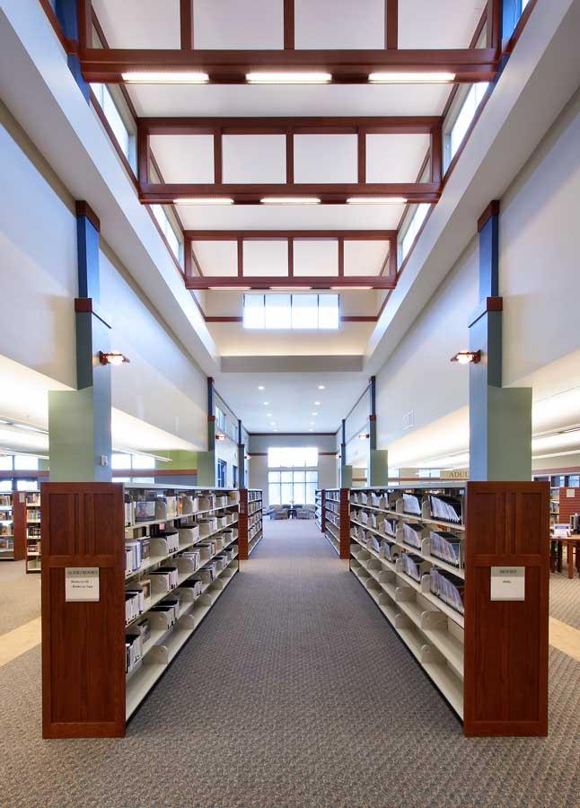 23215-Oak-View-Library-SFalls-Intr-3.jpg