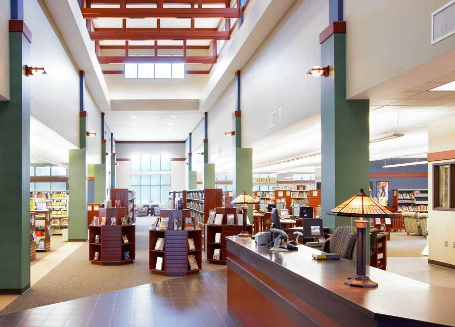 23215-Oak-View-Library-SFalls-Intr-4.jpg