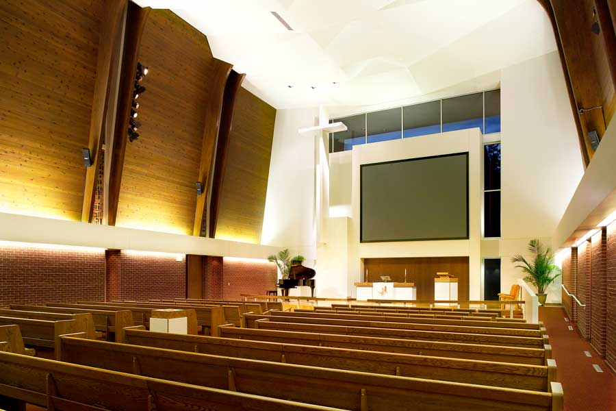 St-Mark-Lutheran-(DSM)-23231_DISPLAY-Interior-(Pro)02.jpg