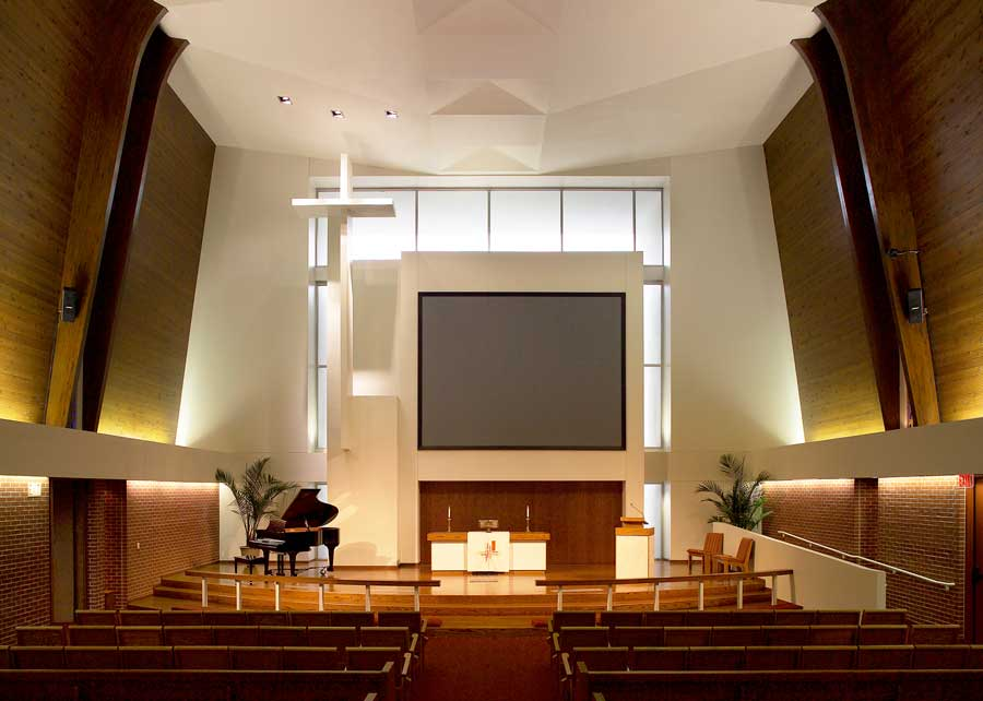 St-Mark-Lutheran-(DSM)-23231_DISPLAY-Interior-(Pro)04.jpg