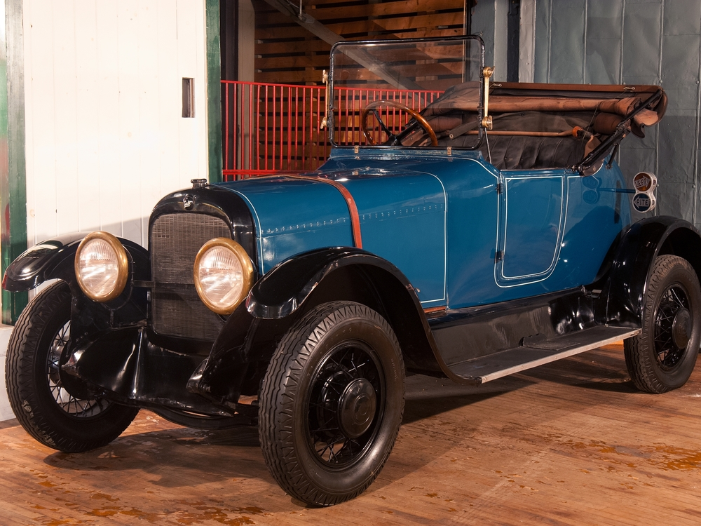 1914 Galt Gas-Electric (Currently on loan to the Petersen Automotive Museum)
